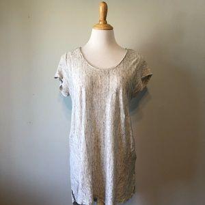 EUC- Kenar-Gray/ White Linen Short Sleeved Top-Lrg